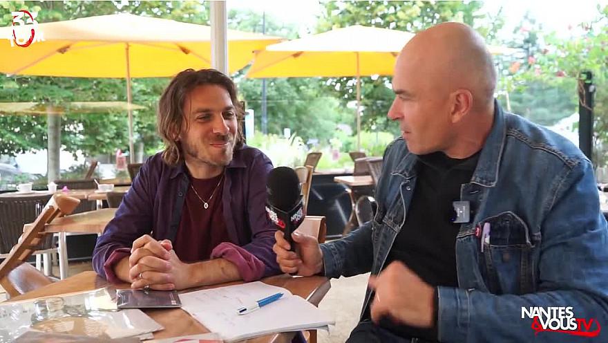 Découvrez le chanteur et musicien Roman Gaume !